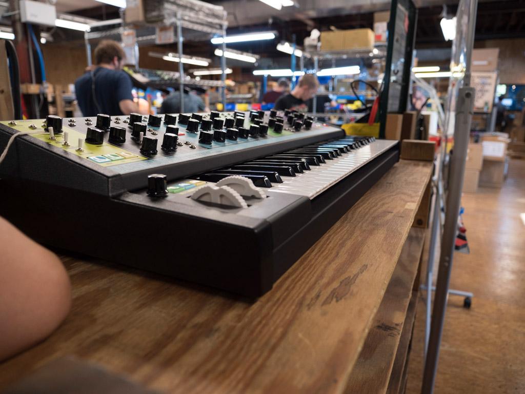 Sintetizador Moog Matriarch ensamblado